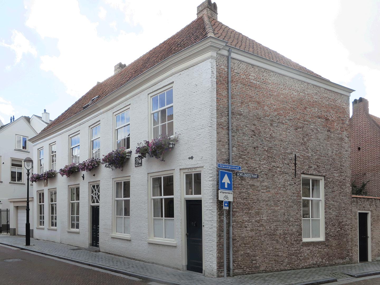 Blauwehandstraat 35 en 37